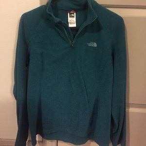 Gently Used North Face Fleece Pull Over