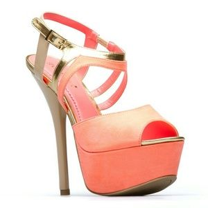 Shoedazzle Shoes - Brand new!!  Coral Beige Gold Strappy Heels sz. 8