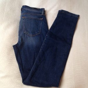 Brand New J Brand Mid Rise Skinny Size 27