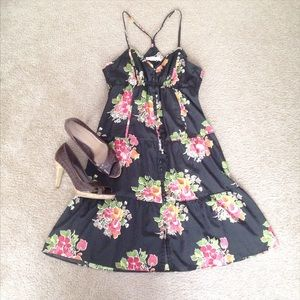 American Eagle Outfitters Dresses & Skirts - Price Is Firm🍓Black Floral Dress