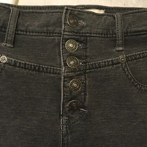 Abercrombie & Fitch Denim - Abercrombie and Fitch denim shorts