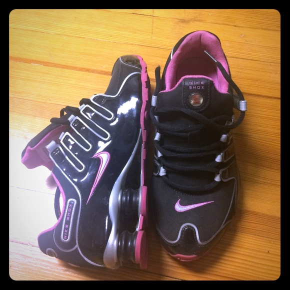 1761cbaad7d Nike shox patent leather pink and black. M 55b713d0bcfac74154016bc8