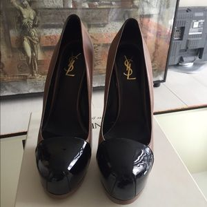 Beautiful Authentic YSL pumps
