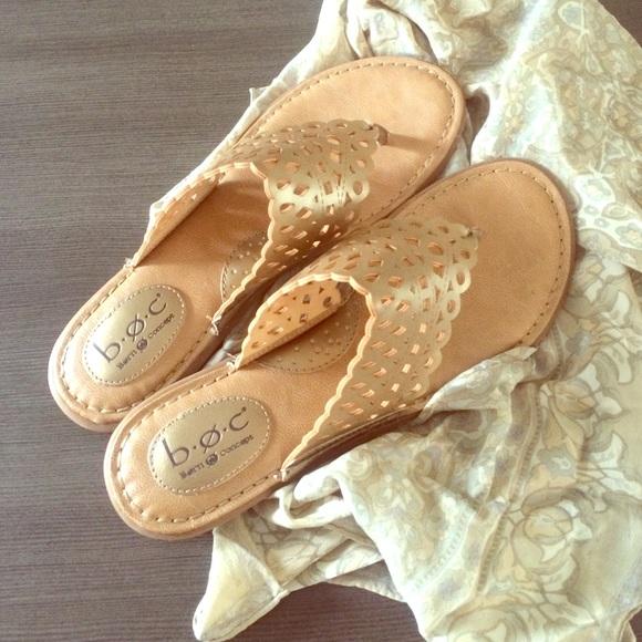 b7871eca30ed4 BOC Born Concept Shoes - Women s B.O.C. Born concept Caree thong sandals 9m