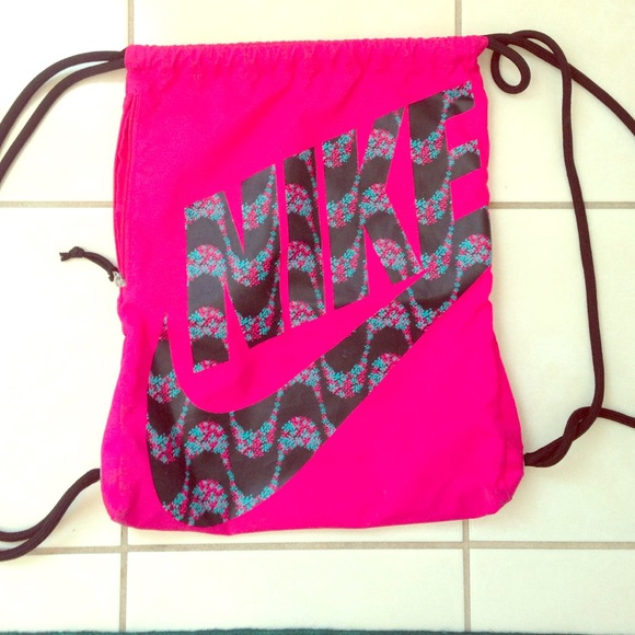 20% off Nike Handbags - Nike drawstring bag from Allie's closet on ...