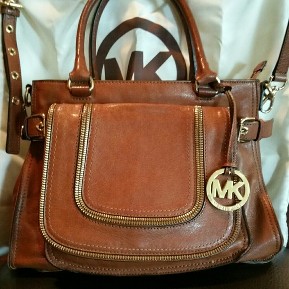 1a2da51ad M_55b7fd9fc402ae097a01a78e. Other Bags you may like. MICHAEL KORS PURSE