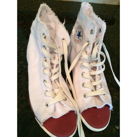 a063ace1694c Converse Shoes - Converse sneakers  NEW and white