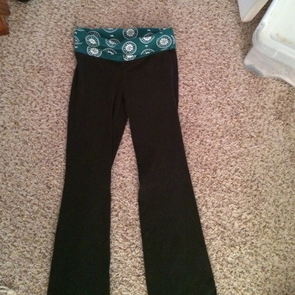 7e5f74c7ed5506 PINK Victoria's Secret Pants | Vitoria Secret Seattle Mariners Yoga ...