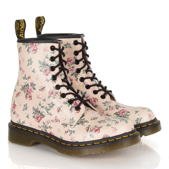 Dr martens boots new light pink floral doc dr martens poshmark new light pink floral doc dr martens mightylinksfo Image collections
