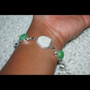 "handmade & handcrafted gemstone jewelry Jewelry - ⚠️CLEARANCE⚠️Lightweight Shiva Shell Bracelet 8"""