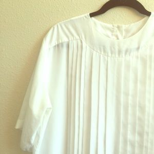 Pierre Cardin Tops - White Boxy Top with Vertical Pleating