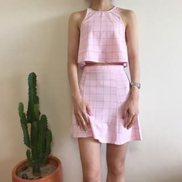 American apparel pink lulu grid top !!