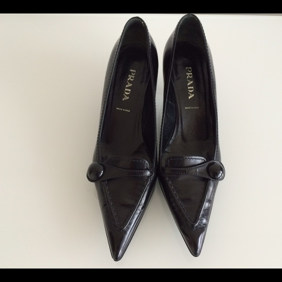 83% off Prada Shoes - PRADA BLACK VINTAGE HEELS PUMPS, SIZE 37.5 ...