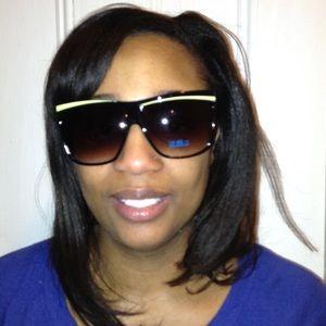 Square Sunglasses 🕶