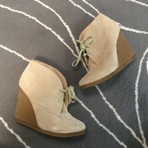 ALDO light-brown suede wedge booties.