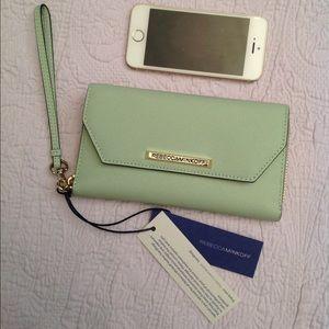 Rebecca Minkoff Handbags - Rebecca Minkoff Monroe Tech Leather Wristlet