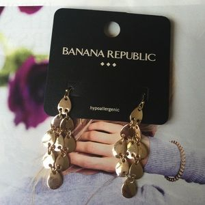 🎈Banana Republic Earrings