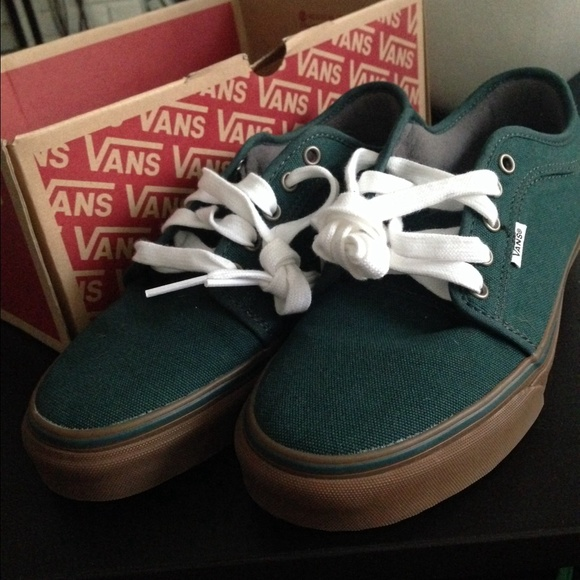 green vans chukka low