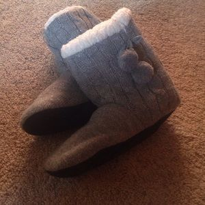 Boots - grey comfy slipped boots