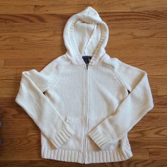72% off Abercrombie & Fitch Sweaters - Vintage Cream Abercrombie ...