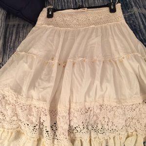 Hendi White skirt