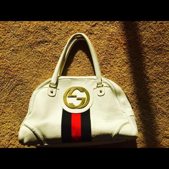 d6209f0a0bdc9e Gucci Handbags - Authentic! Gucci Vintage Leather GG Bowling Bag