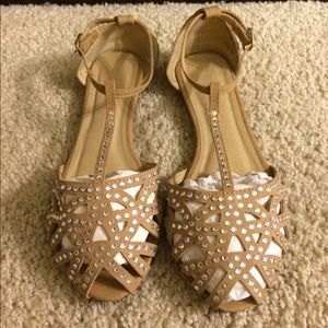 Shoes - Nude flat with silver stones!