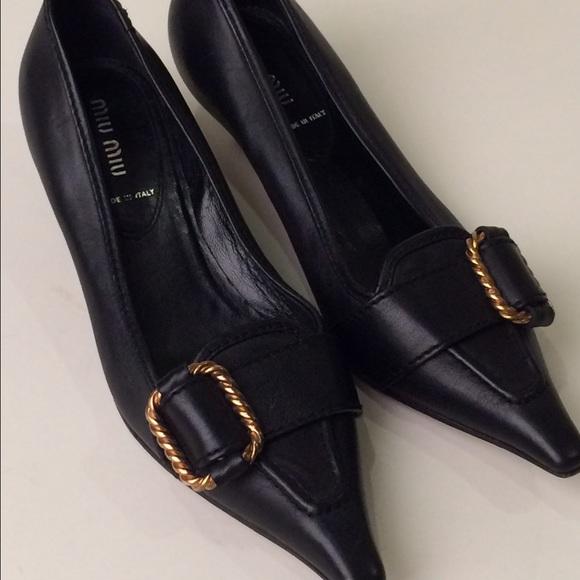 c266ef871bcf Miu Miu vero cuoio low heel shoes. M 55b99a9ad570415f9f002065