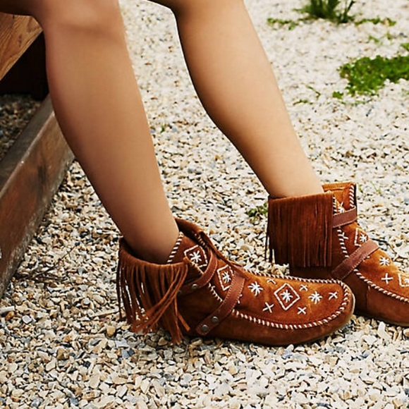 40fb3f04e Mila Sam Edelman moccasins boot on sale today only