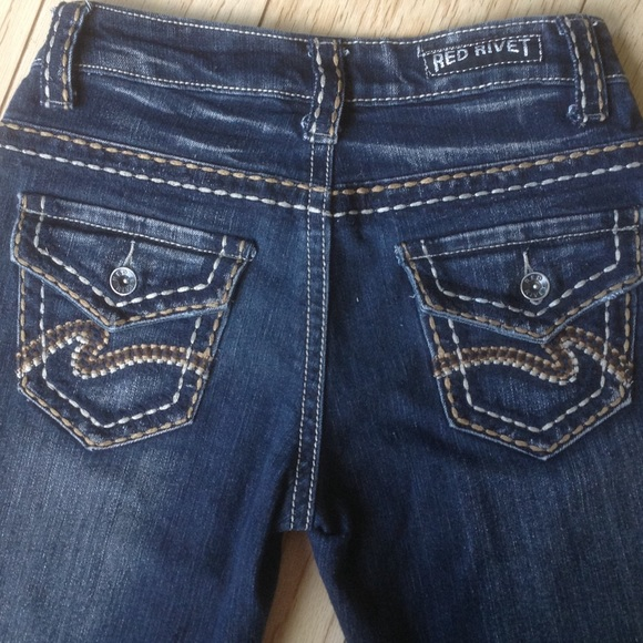 red rivet jeans thick stitched poshmark