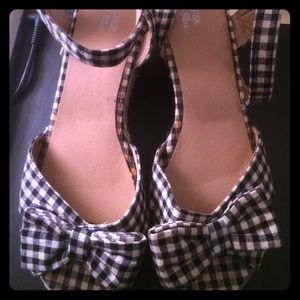 Shoes - Bow tie checker sandals