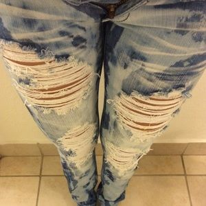 Acid wash ripped jeans!