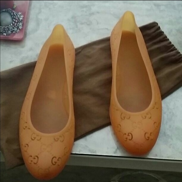 d907ab88b663 Gucci Shoes - Women Gucci jelly flats