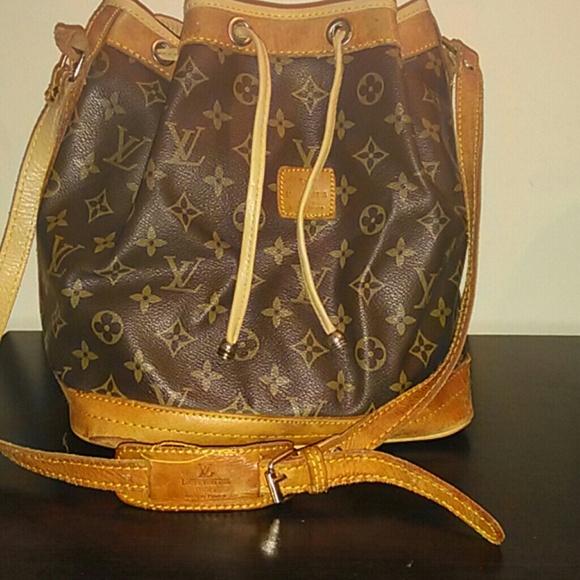 7ab91c4e985d Louis Vuitton Handbags - One day sale!!! Vintage 1970 s LV Louis Vuitton