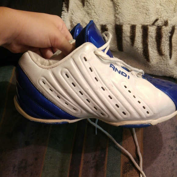 And1 Shoes   Boys Size 4 Basketball