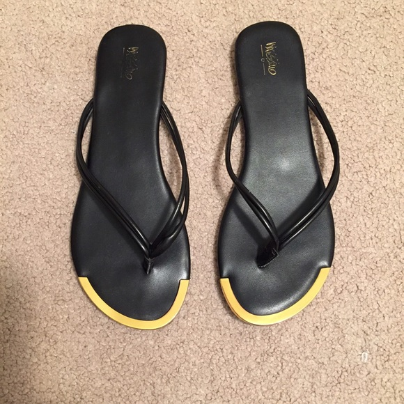78 Off Mossimo Supply Co Shoes - Mossimo Flip-Flops From -6206