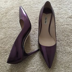 NWOB MIU MIU Metallic Pointy Toe Pump SIZE 9.5M