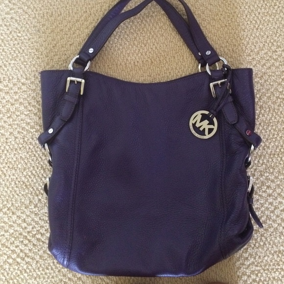 MICHAEL Michael Kors Handbags - Deep Purple Michael Kors Purse