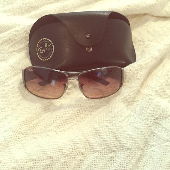 75762deaffb5 Lisa Rinna Ray Ban Rimless Sunglasses