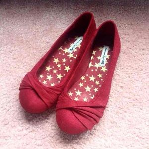 Red American Eagle Flats
