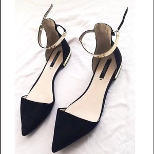 Zara black pointed flats