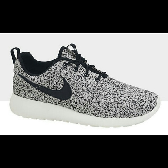 05e6d23b7970 Grey speckled roshes