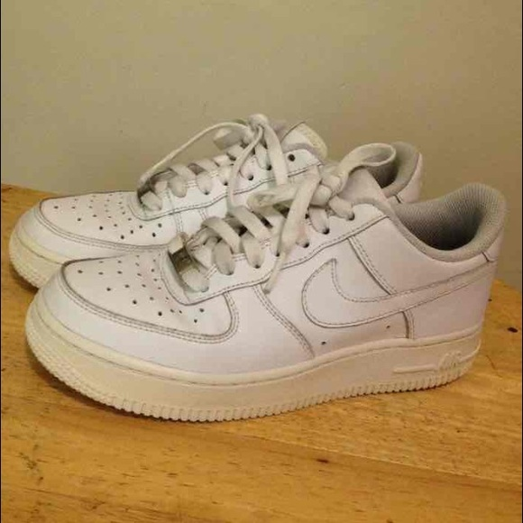 7038bab671962 Nike Air Force 1 AF1. M 55bc0c2bbab32d61b700717d