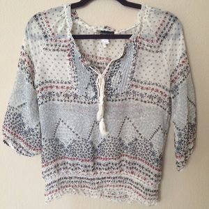 Tops - White patterned boho top