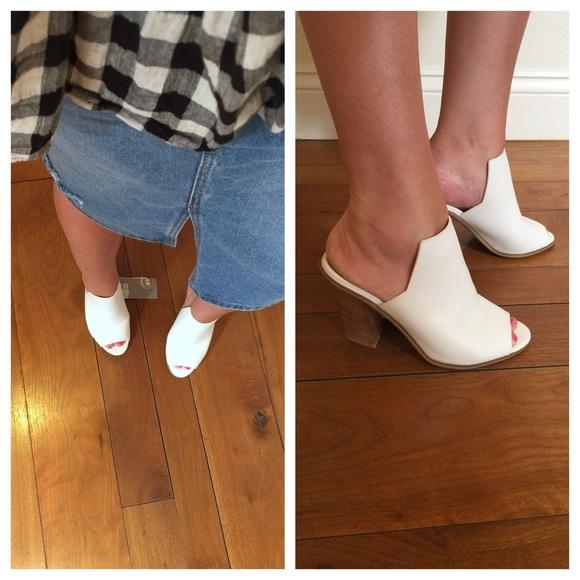 e82bf968578 H M white leather platform mules heels 5.5