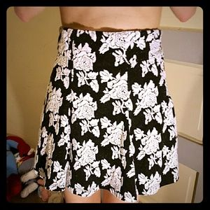 Dresses & Skirts - Black and white floral skirt