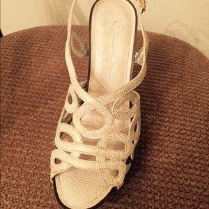 Jessica Simpson Shoes - Jessica Simpson heals
