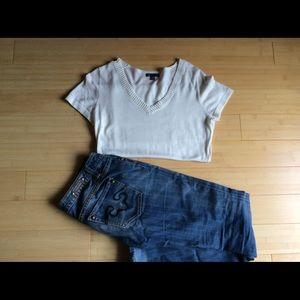 Cream V-Neck Short-Sleeved Gap Sweater