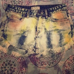 Free People high waisted shorts size 25