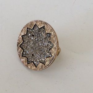 House of Harlow sunburst ring 6.5